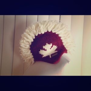 One-of-a-kind Canadian knit hat - high quality